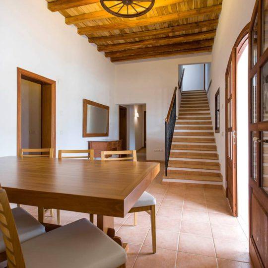 https://www.apartamentosbonsol-ibiza.com/wp-content/uploads/2017/01/Miniatura-3-540x540.jpg