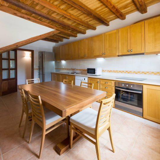 https://www.apartamentosbonsol-ibiza.com/wp-content/uploads/2017/01/Miniatura-6-540x540.jpg